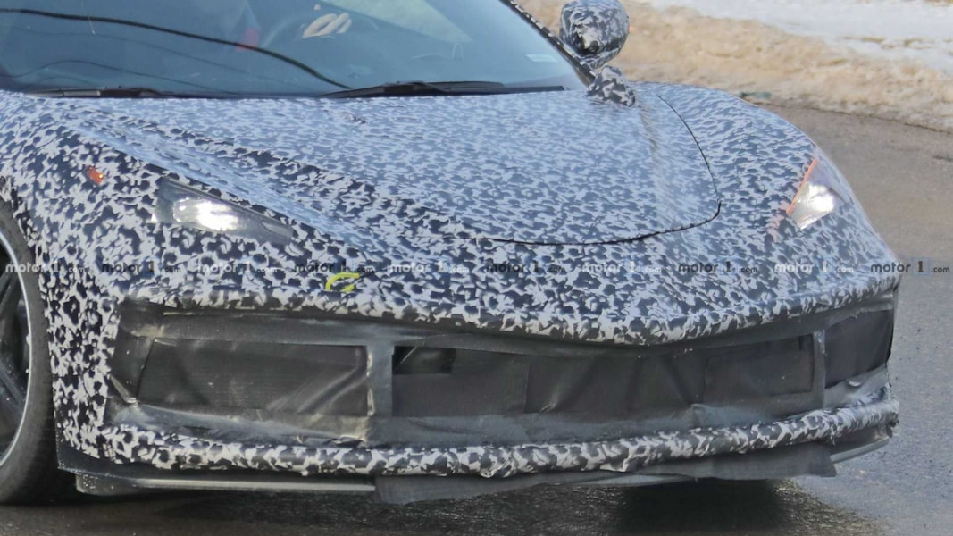 During the launch event for the third generation Kia Sol, the all-new 2020 Mid-Engine C8 Chevrolet Corvette was caught testing in California... Check out the video below: Mid-Engine C8 Chevrolet Corvette Caught Testing in California! ???? SUBSCRIBE ► http://bit.ly/SUB2DRIVEN While shooting the third generation Kia Soul outside of San Diego, I got a bonus- a…